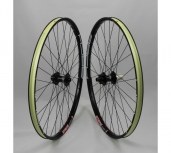 Stans Arch MK3/Hope Pro 4 650b